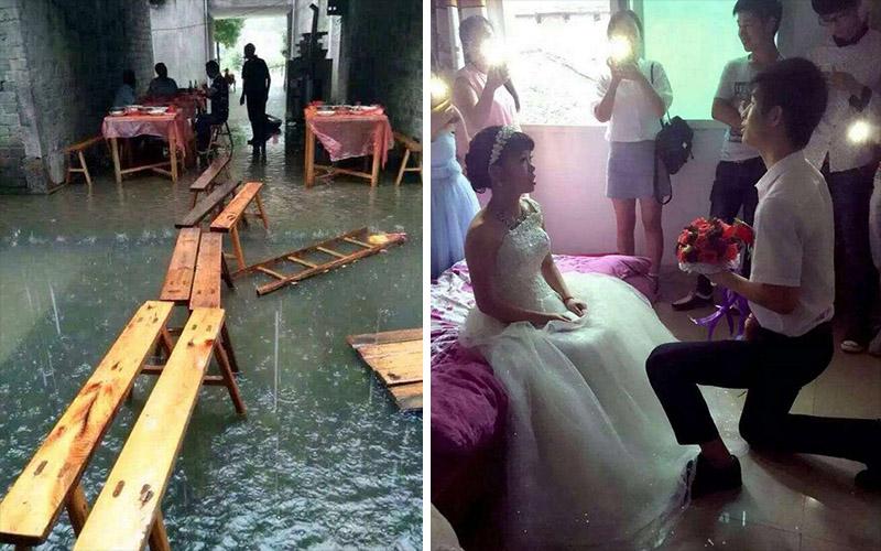 這對新人在結婚時「碰上一場暴雨」淹沒了道路,但仍堅持婚禮「照常舉行」...看到他們吃宴席的照片我簡直要落淚了!!  -