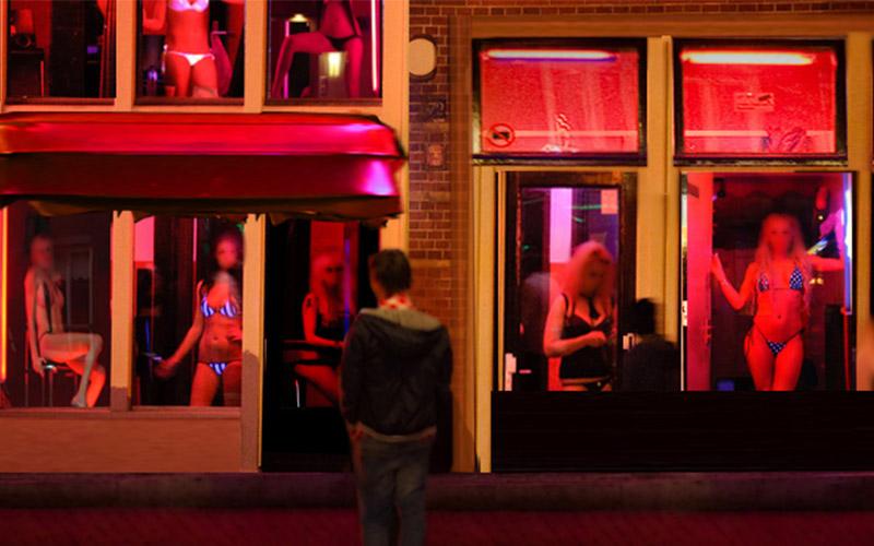 為什麼「紅燈區」的燈光佈置都是紅色的?原來是這麼恐怖的原因:寧願從沒知道過!!