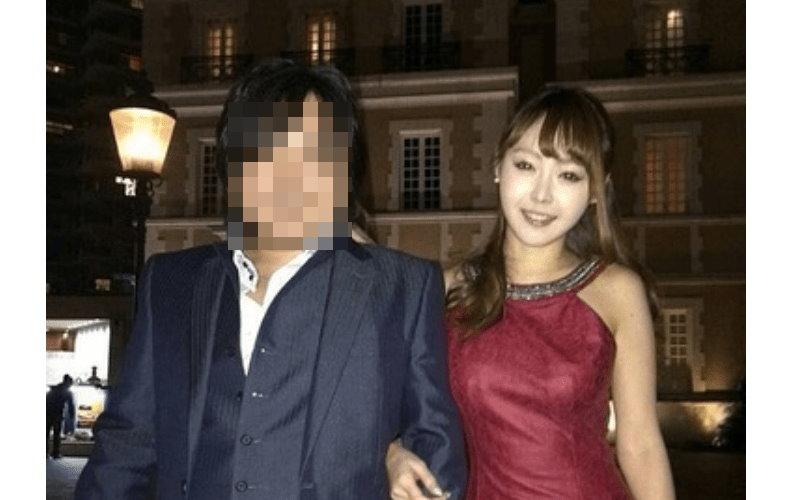 這個日本「秒賺一億日圓的男子」美女倒貼不完、跑車用現金付,但當公開他的真面目後...