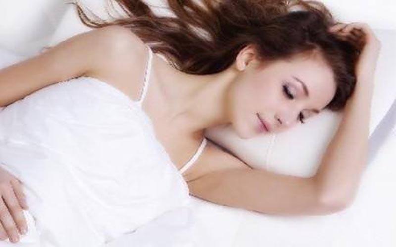 失眠奪去你的美麗和健康 七招還你好睡眠