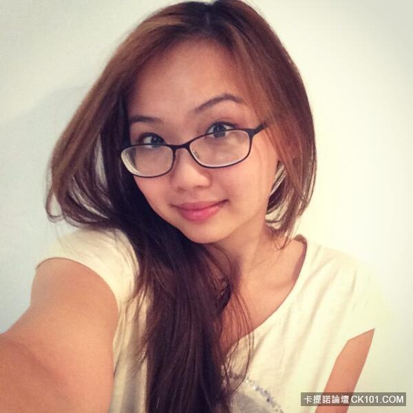 www超成人免费看com_火辣正妹患有社交恐惧症不敢出门…但她竟靠「成人直播」治好病还变得